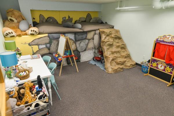 playroom 2 (2)